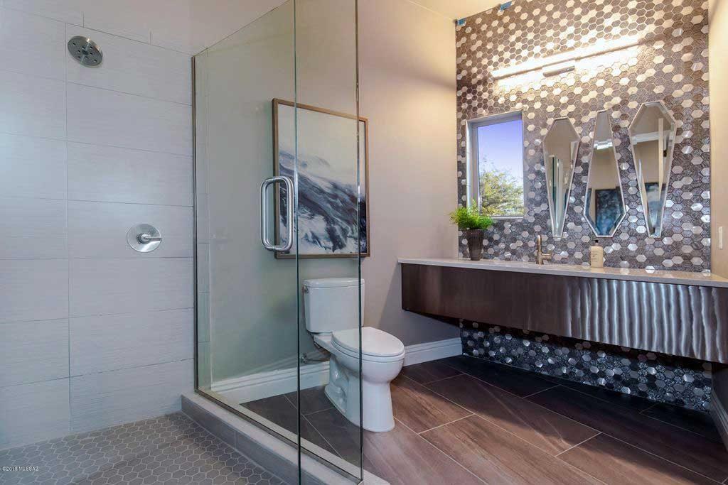 Craycroft Spec House - Contemporary